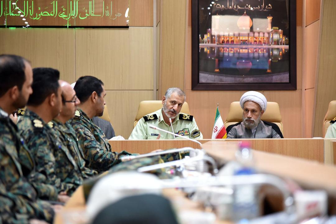 بیانات آیت الله دژکام در دیدار با سردار گودرزی و جمعی از فرماندهان انتظامی فارس