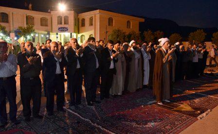 حضور آیت الله دژکام در جمع مردم شهر سیدان