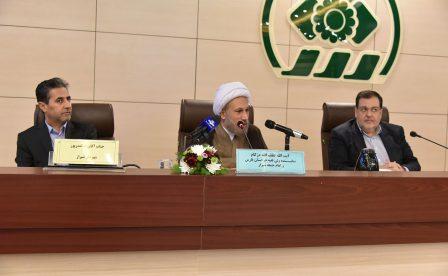 حضور آیت الله دژکام در جلسه علنی شورای شهر