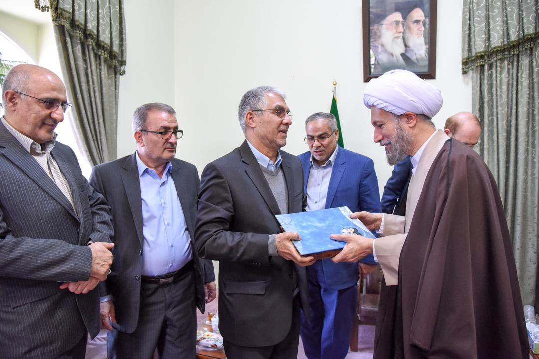 مراسم تکریم استاندار سابق فارس، معاون سابق سیاسی امنیتی استانداری و فرماندار سابق شیراز
