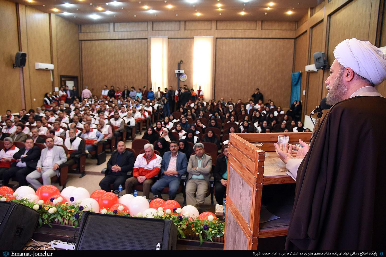 چکیده بیانات آیت الله دژکام در اجتماع بزرگ داوطلبان و مسئولان جمعیت هلال احمر