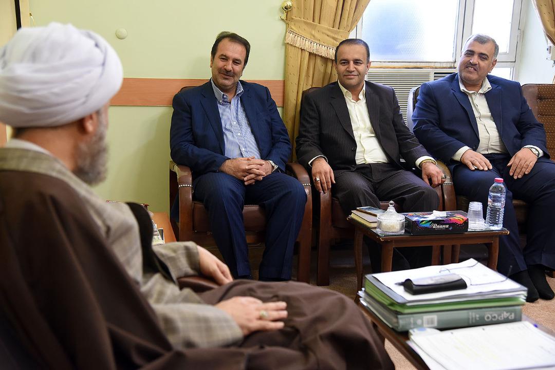 گزیده بیانات آیت الله دژکام در دیدار با آقای عنایت اله رحیمی استاندار جدید فارس