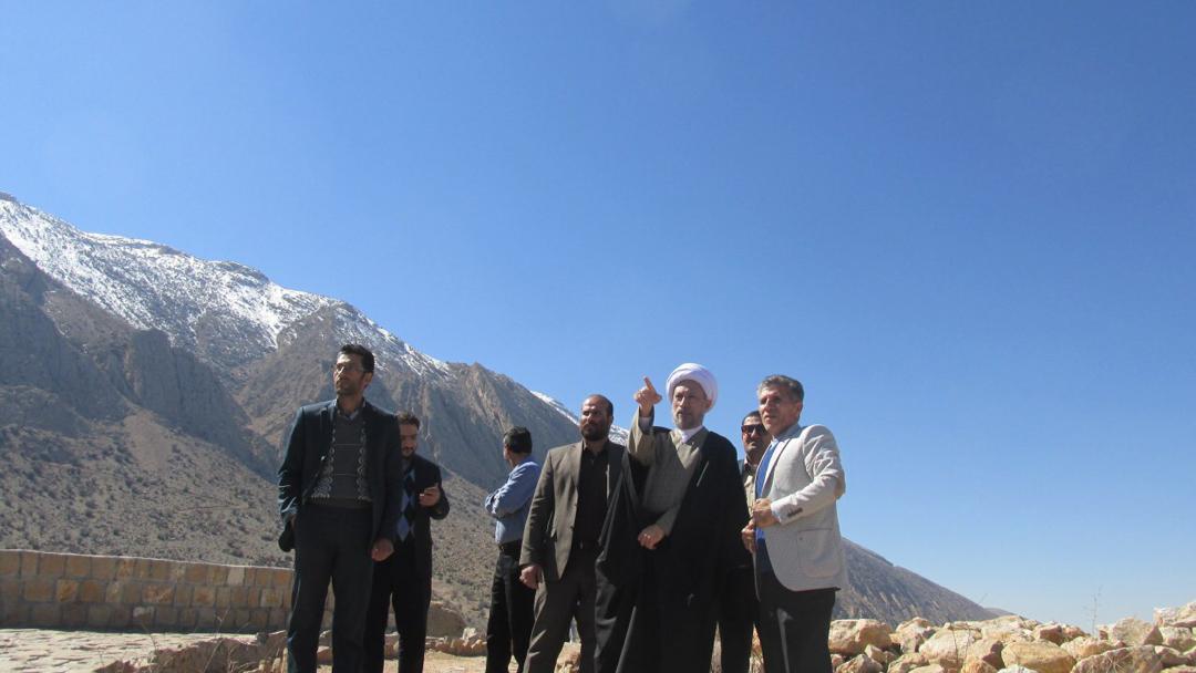 پارک کوهستانی دراک میتواند فرصت خوبی برای اوقات فراغت شهروندان شیرازی و همچنین فرصتی بی نظیر برای جذب گردشگران داخلی و خارجی به این مجموعه باشد