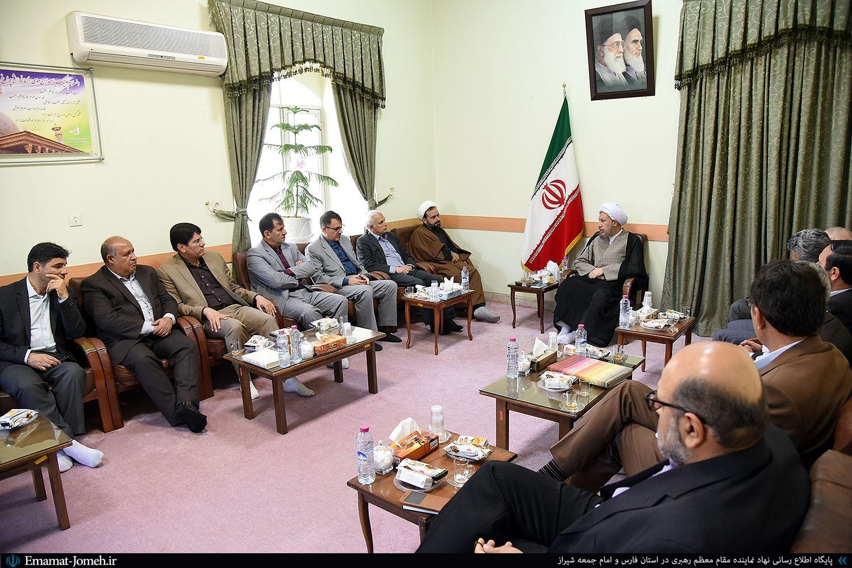 دیدار دکتر بهادر رئیس دانشگاه علوم پزشکی شیراز با آیت الله دژکام