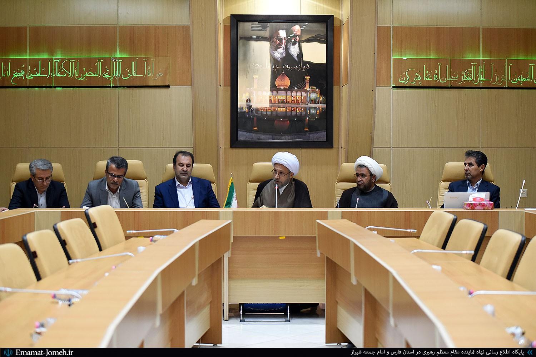 نماز جمعه شیراز به لحاظ زیرساختی و سختافزاری نیازمند تقویت است