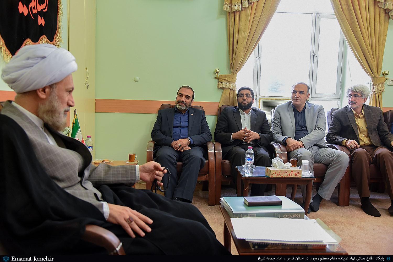 دیدار دکتر کشفی نژاد مدیرکل جدید بهزیستی استان فارس با آیت الله دژکام