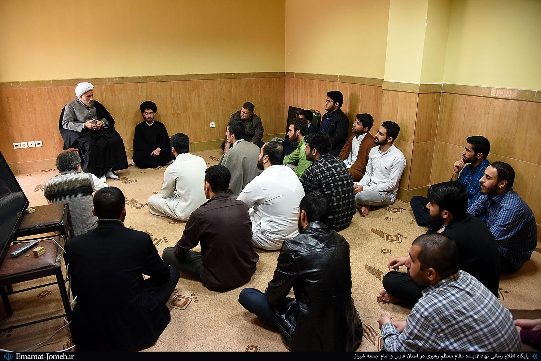 حضور آیت الله دژکام در جمع طلاب و روحانیون حوزه علمیه سفیران