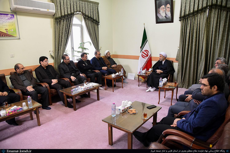 دیدار هیئت رئیسه دانشگاه علوم پزشکی شیراز با آیت الله دژکام