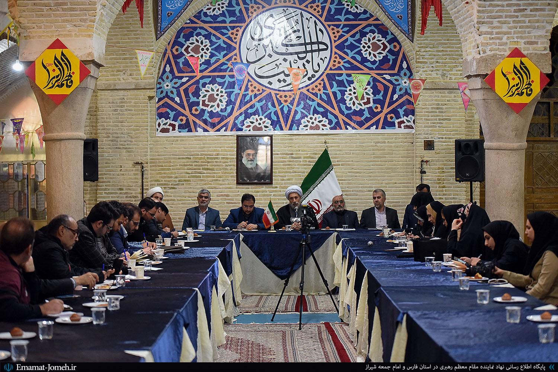 کنفرانس خبری آیت الله دژکام نماینده ولی فقیه در استان فارس