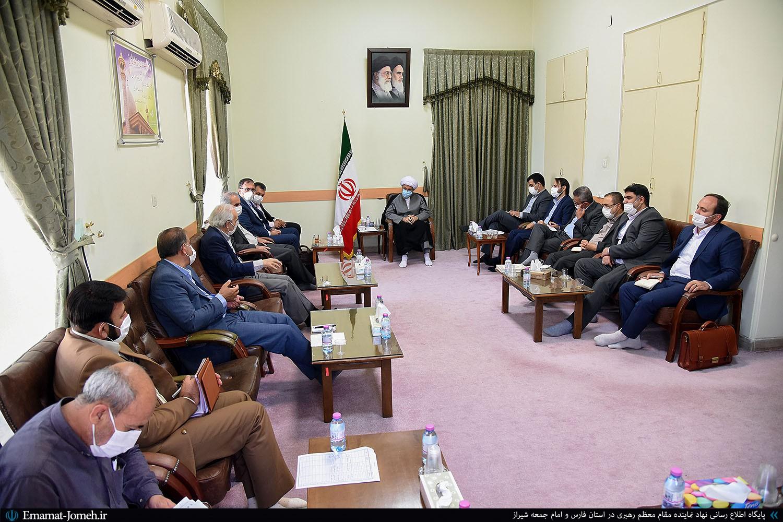 دومین جلسه هماندیشی و بررسی آخرین وضعیت پتروشیمی های فارس با حضور آیت الله دژکام
