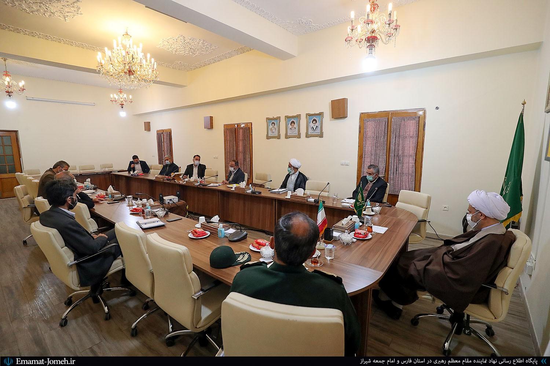 دومین جلسه هماهنگی کنگره محمد پیامبر رحمت(ص) در شیراز با حضور آیت الله دژکام