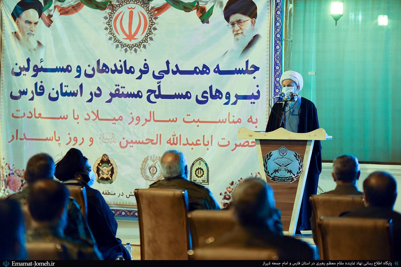 دستاوردهای موجود در پرتو صبر انقلابی به بار مینشیند/لزوم بازگشت به دستورات قرآن در روابط خارجی