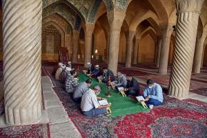 محفل انس با قرآن کریم و سخنرانی آیت الله دژکام در مسجد وکیل شیراز
