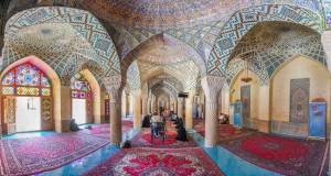 محفل انس با قرآن کریم و سخنرانی آیت الله دژکام در مسجد نصیرالملک شیراز
