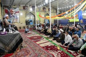 سفر آیت الله دژکام به شهرستان خرامه، تجدید میثاق با شهدا، مراسم اهدای جهیزیه به زوجهای جوان و سخنرانی در جمع مردم