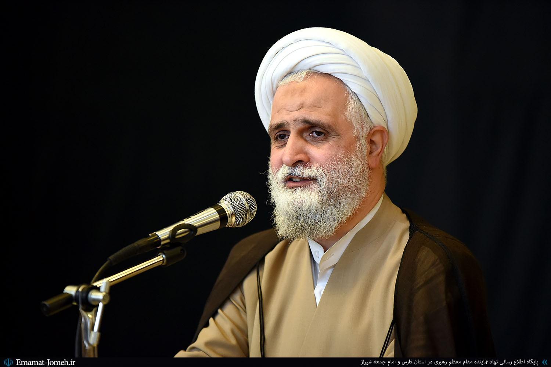نماینده ولی فقیه در فارس، لنگر آرامش استان محسوب می شود و افق های روشنی برای آینده استان ترسیم کرده است